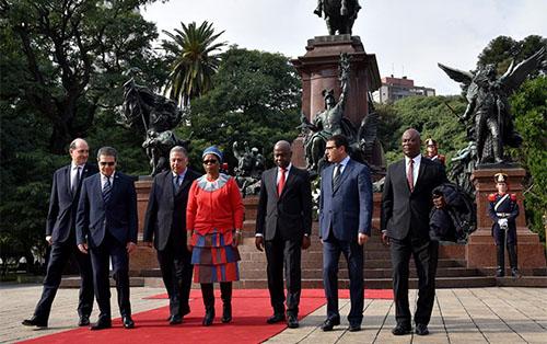 <h5><strong>EMBAJADA</strong></h5>Día de África